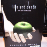 New Stephenie Meyer's novel coming out: Life and Death